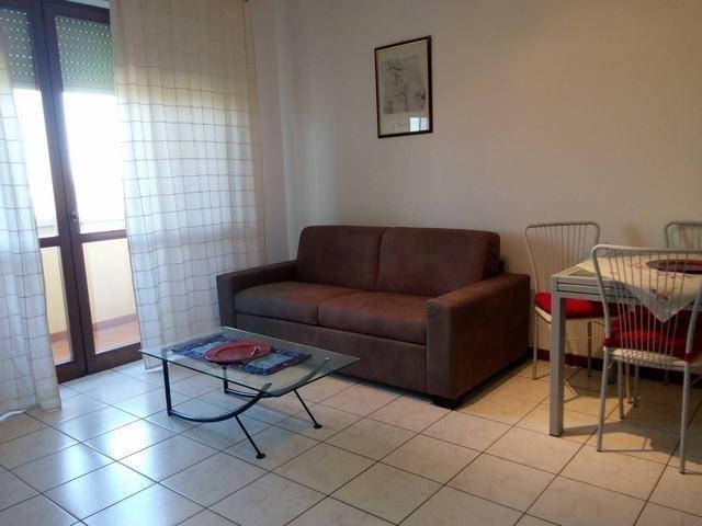 Appartamento in affitto, rif. AC5860