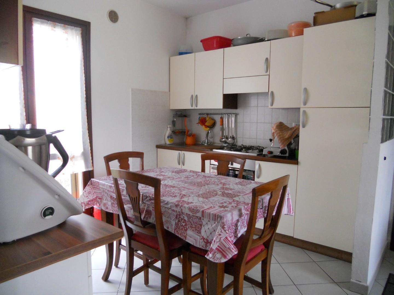 Appartamento in affitto, rif. AC5818