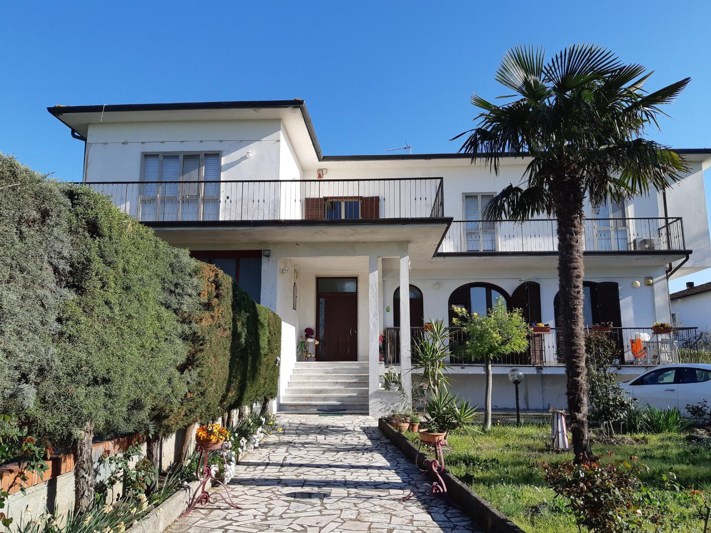 Villa for sale in San Giuliano Terme (PI)