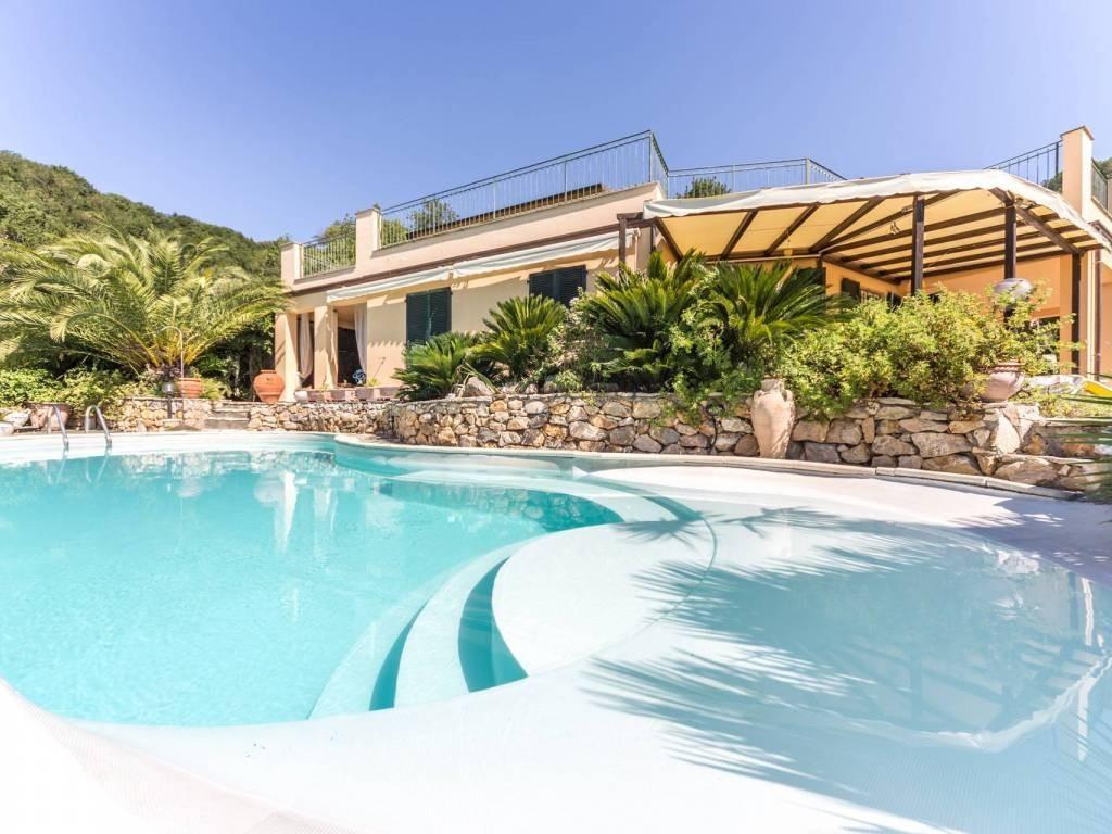 SOGNO CASA Immobiliare | Casa singola in vendita a Lerici (SP)
