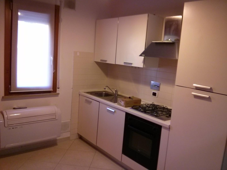 Appartamento in affitto, rif. a39/280