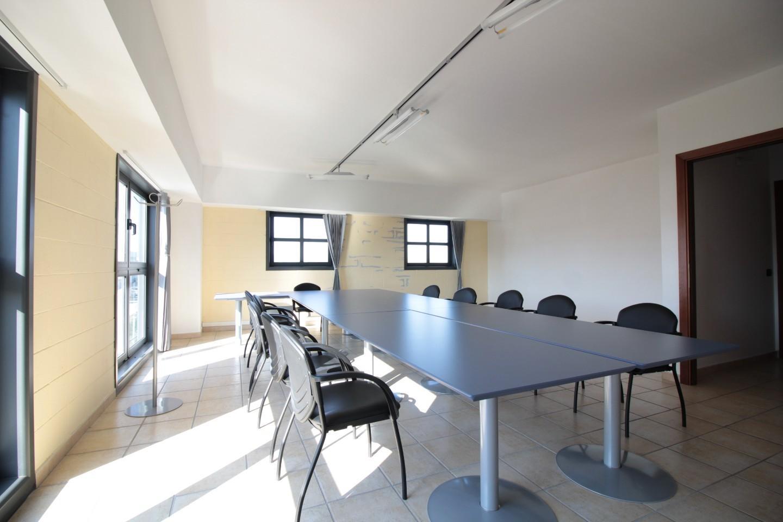 Ufficio in locazione a Pontedera (PI)
