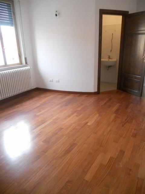 Appartamento in affitto, rif. AC5281