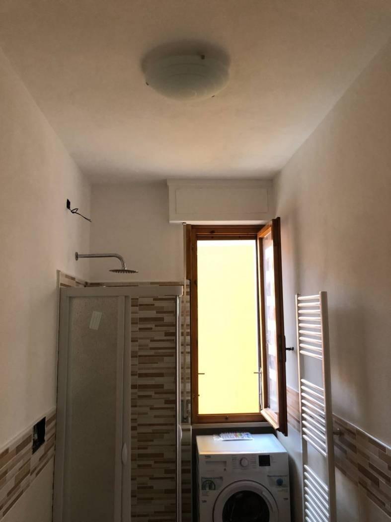 Appartamento in affitto, rif. PRATALE 2 VANI LUSSO ARREDO NUOV