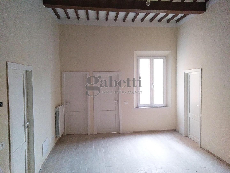 Appartamento in vendita, rif. 04/285