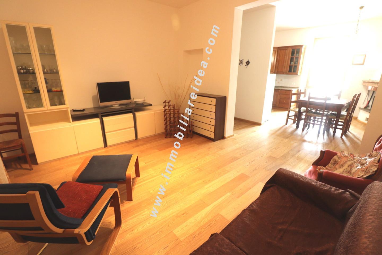 Casa semindipendente in vendita, rif. 303