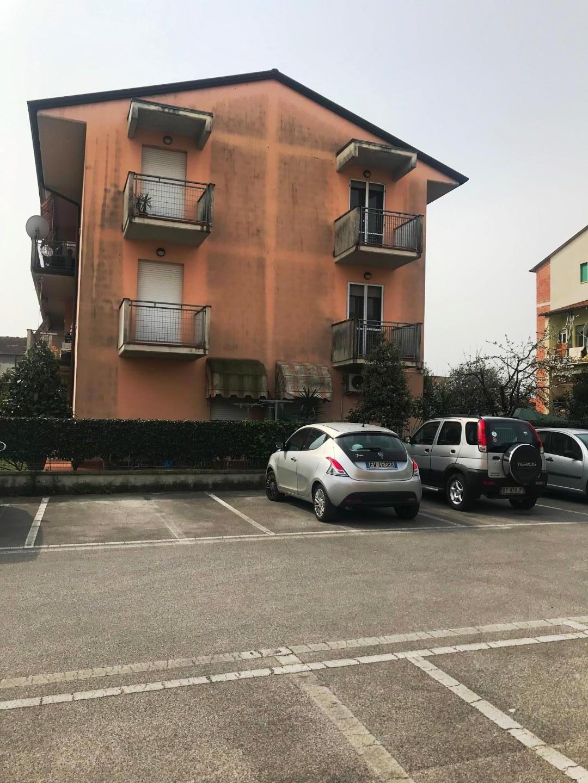 Appartamento in vendita, rif. 02139