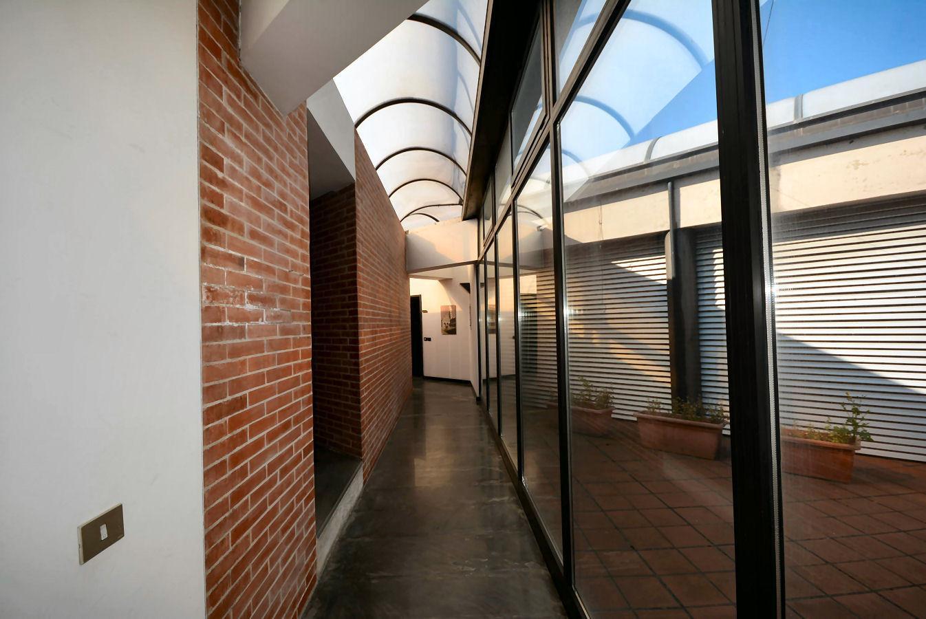 Immobiliare metro quadro ufficio in affitto commerciale for Affitto commerciale
