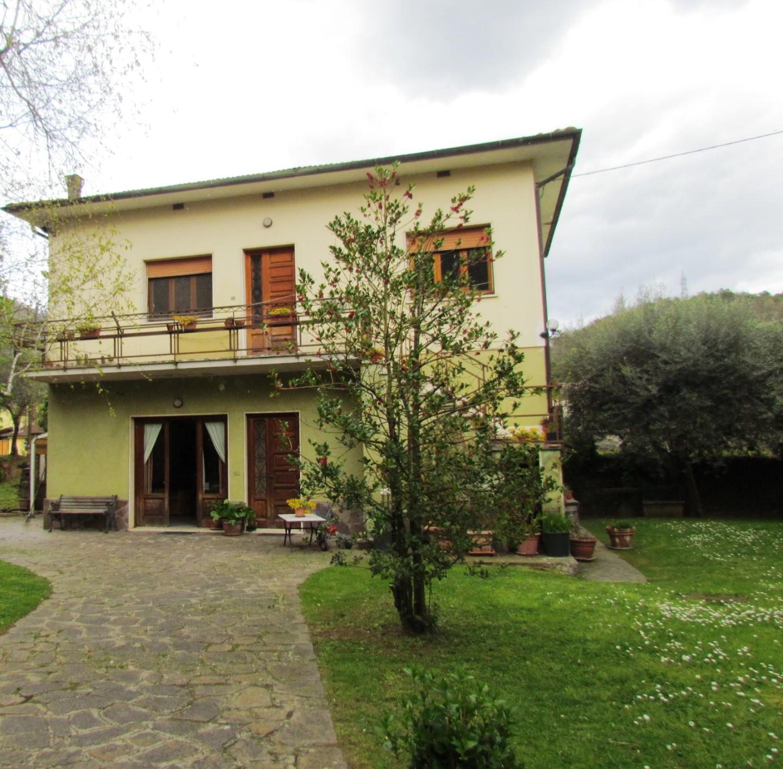 Villa singola in vendita a Mutigliano, Lucca