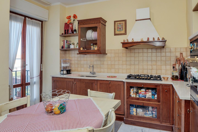 Appartamento in vendita - Marina Di Carrara, Carrara
