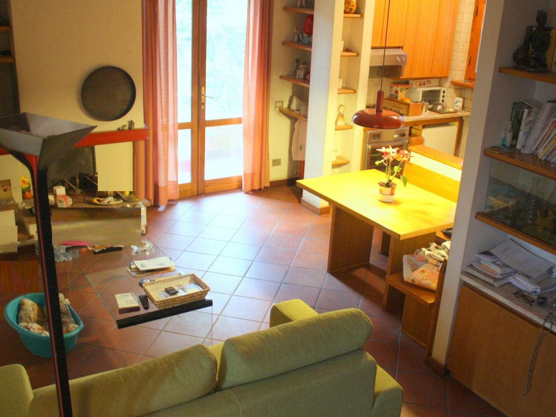 Villetta trifamiliare in vendita a Pietrasanta (LU)