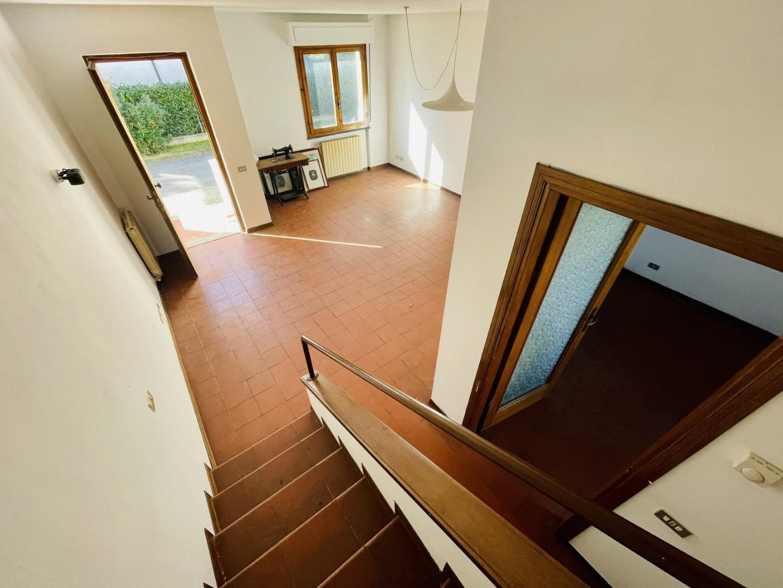 Ряд домов в продажа для Pietrasanta (LU)