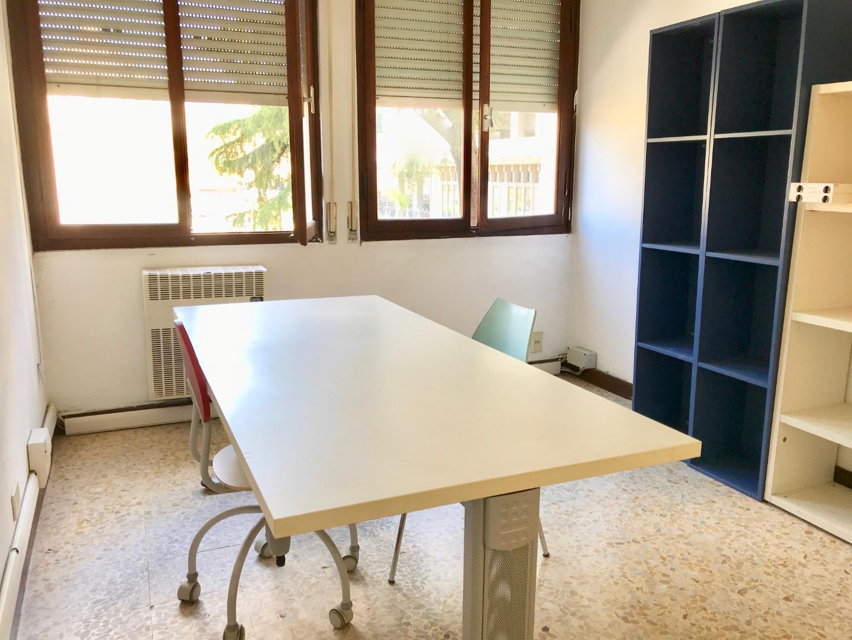 Ufficio in vendita, rif. LOG-301