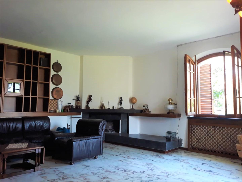 Villa singola in vendita a Cascina