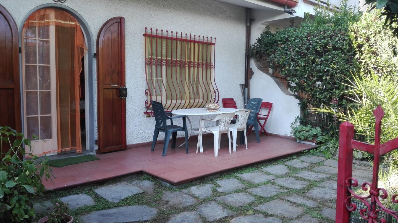 Villetta a schiera in affitto vacanze a Massa