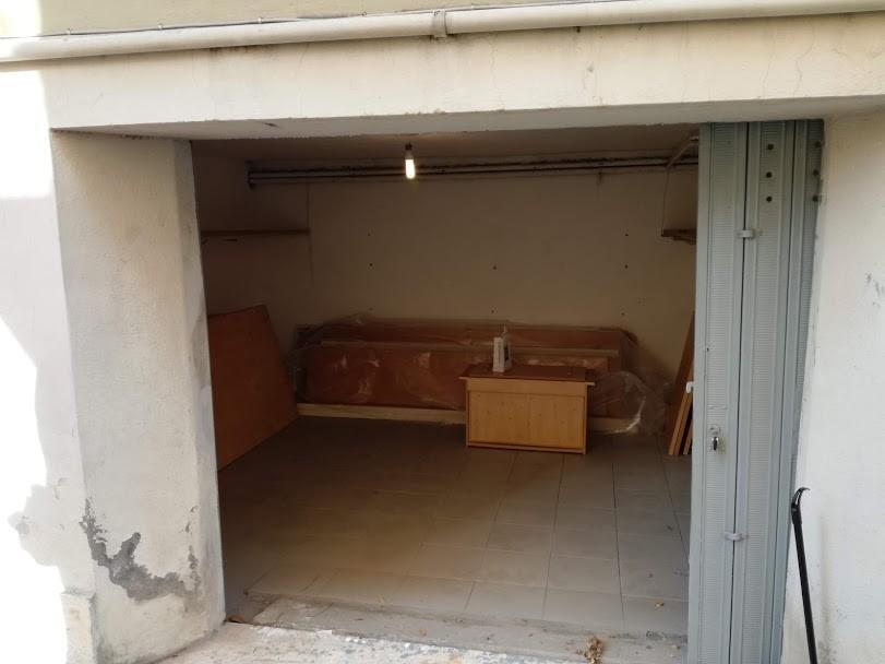 Garage in vendita a Pisa