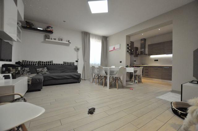 Appartamento in vendita, rif. AC6546