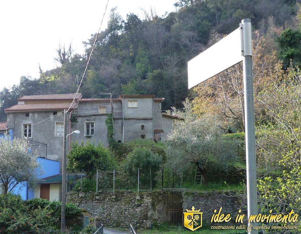 Casale in vendita a Montignoso (MS)