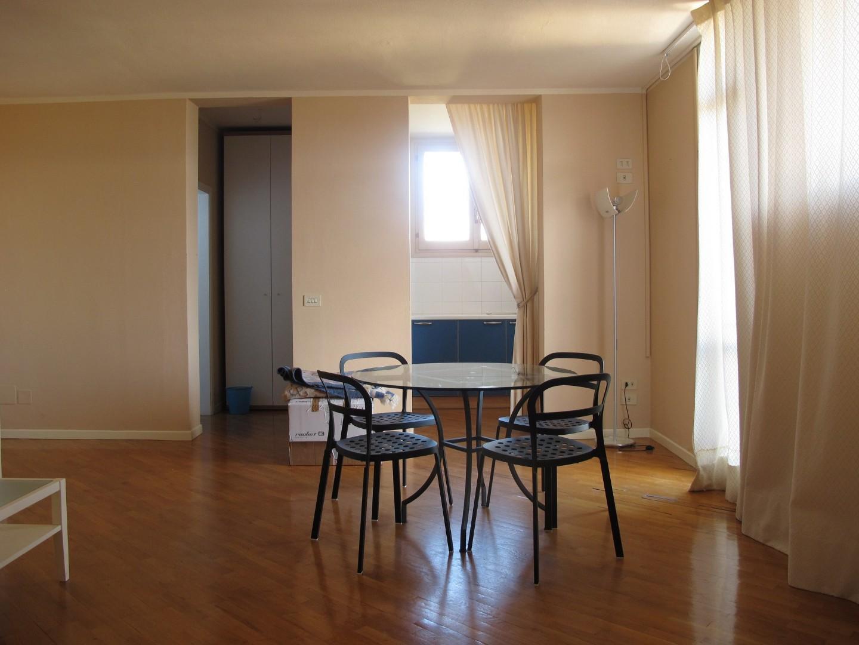 Appartamento in affitto, rif. 8692-02