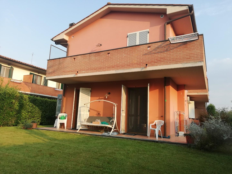 Villetta a schiera angolare in vendita a Santa Maria a Monte (PI)