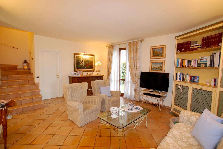 Villetta trifamiliare in vendita a Val Di Cava, Ponsacco (PI)
