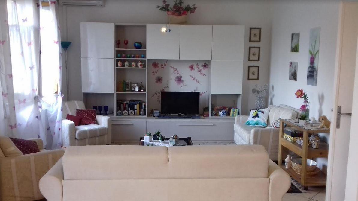 Casa semindipendente in vendita a Ameglia (SP)