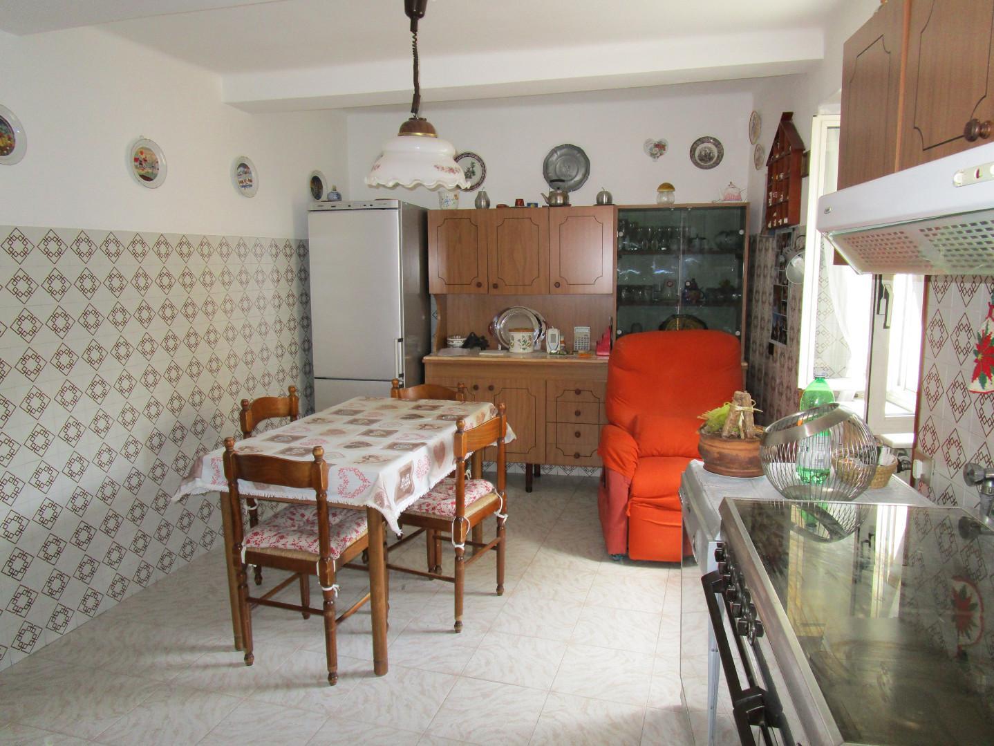 Appartamento in vendita, rif. A1025