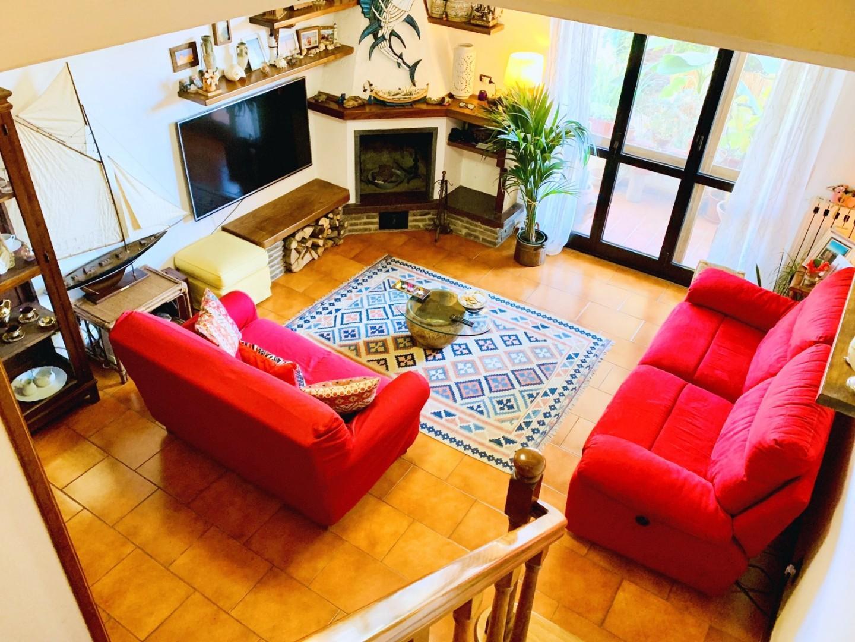 Ряд домов в продажа для Massarosa (LU)