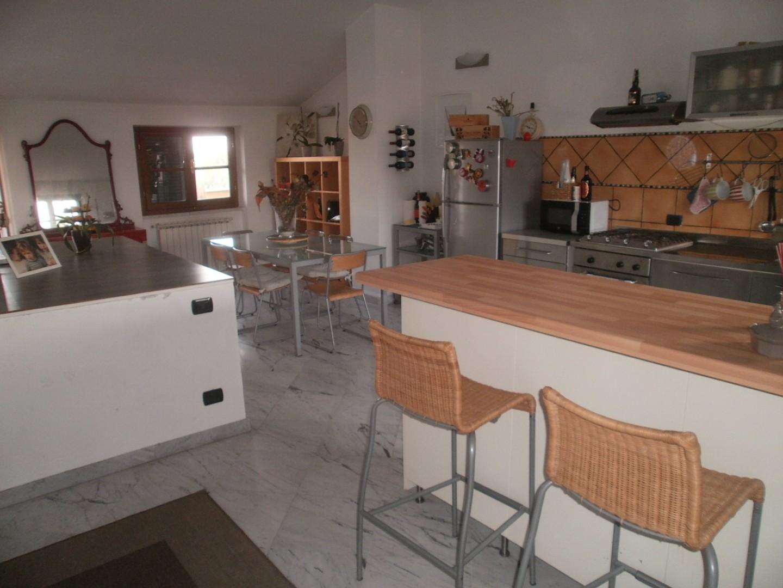 Casa singola in vendita a Avenza, Carrara (MS)