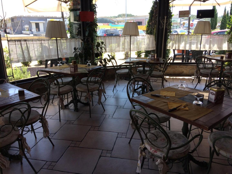Bar in vendita a Bientina, 5 locali, prezzo € 80.000   PortaleAgenzieImmobiliari.it