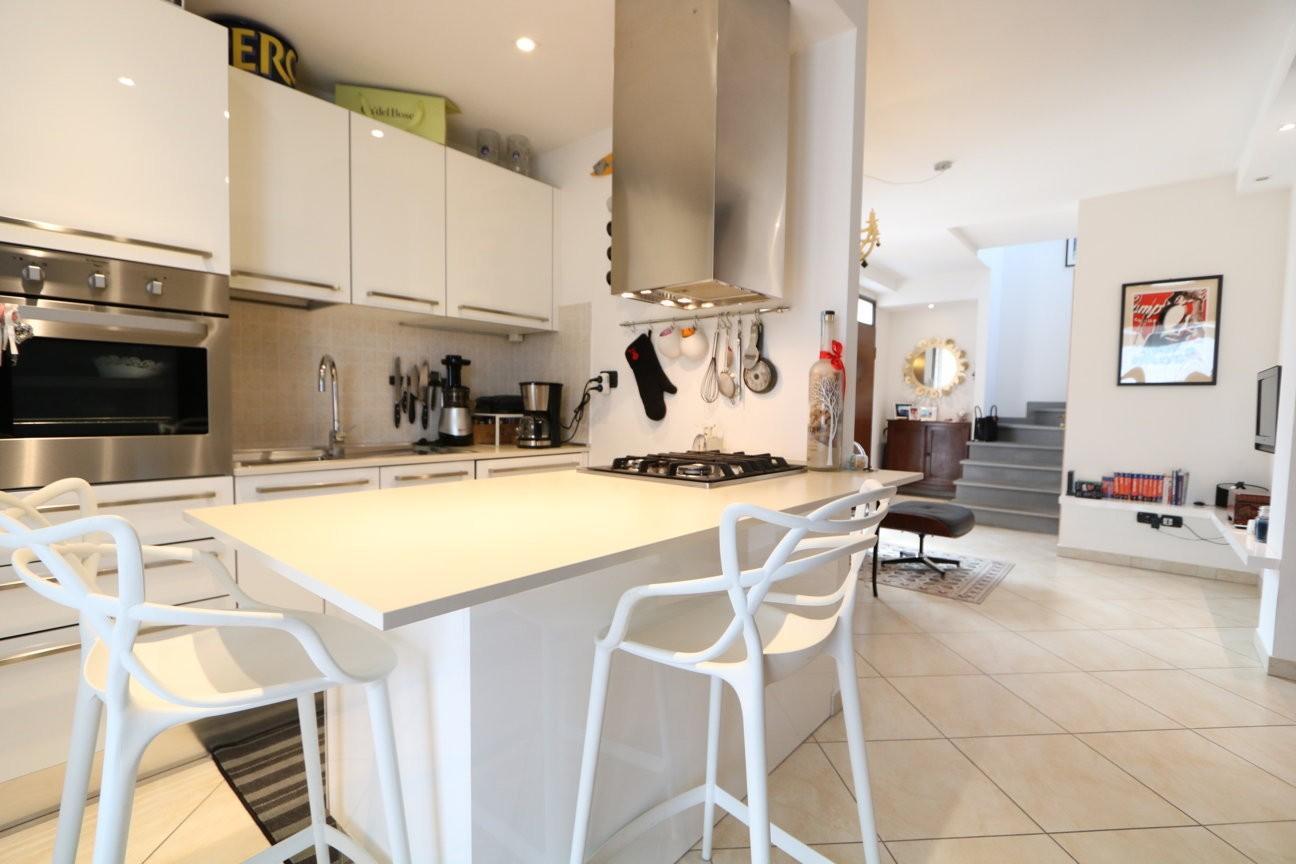 Appartamento in vendita, rif. 599V
