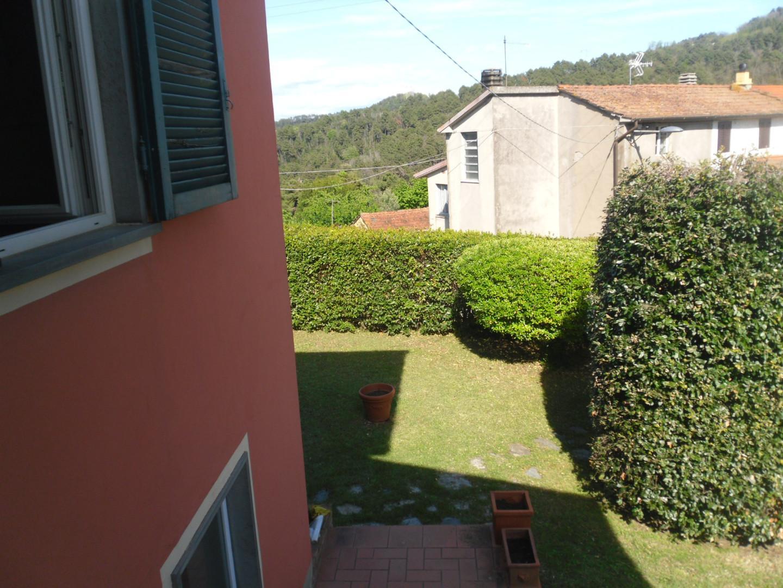 Foto 12/25 per rif. cind montigiano