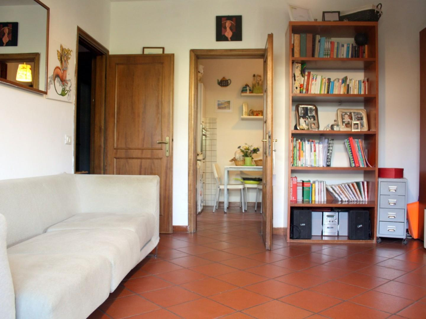 Three-family cottage for sale in Camaiore (LU)