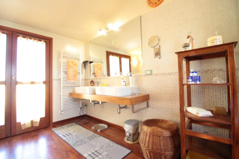 Villetta bifamiliare in vendita - Casciavola, Cascina