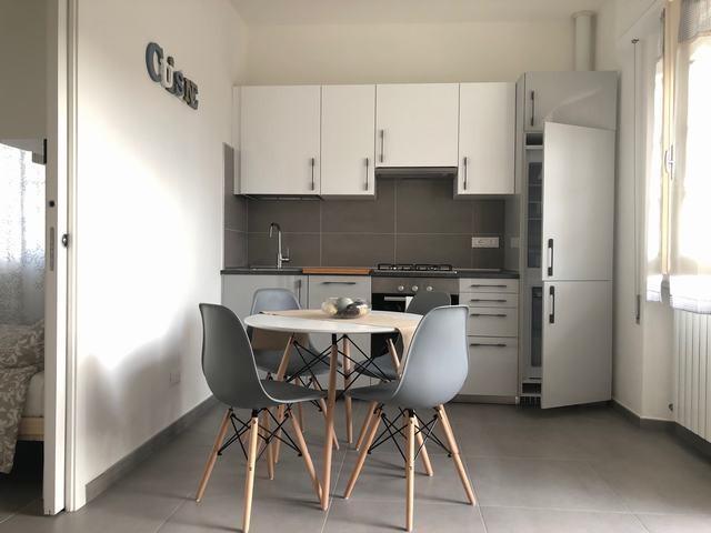 Appartamento in affitto vacanze a Massa. Rif:AB 21