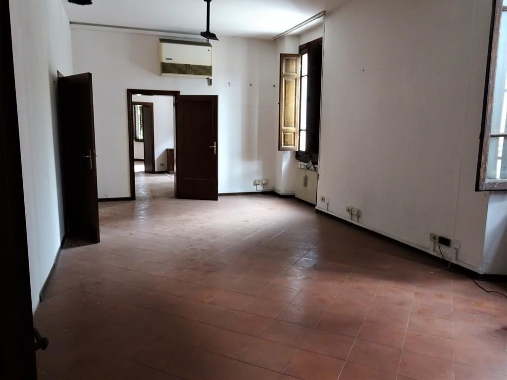 Ufficio in vendita a Poggibonsi (SI)