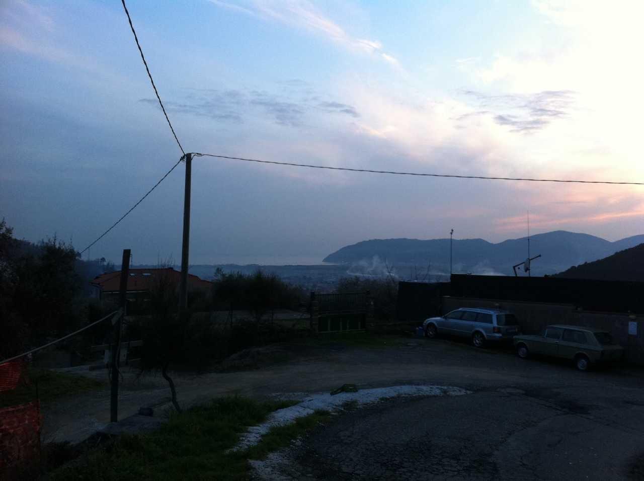 Foto 23/24 per rif. LU10