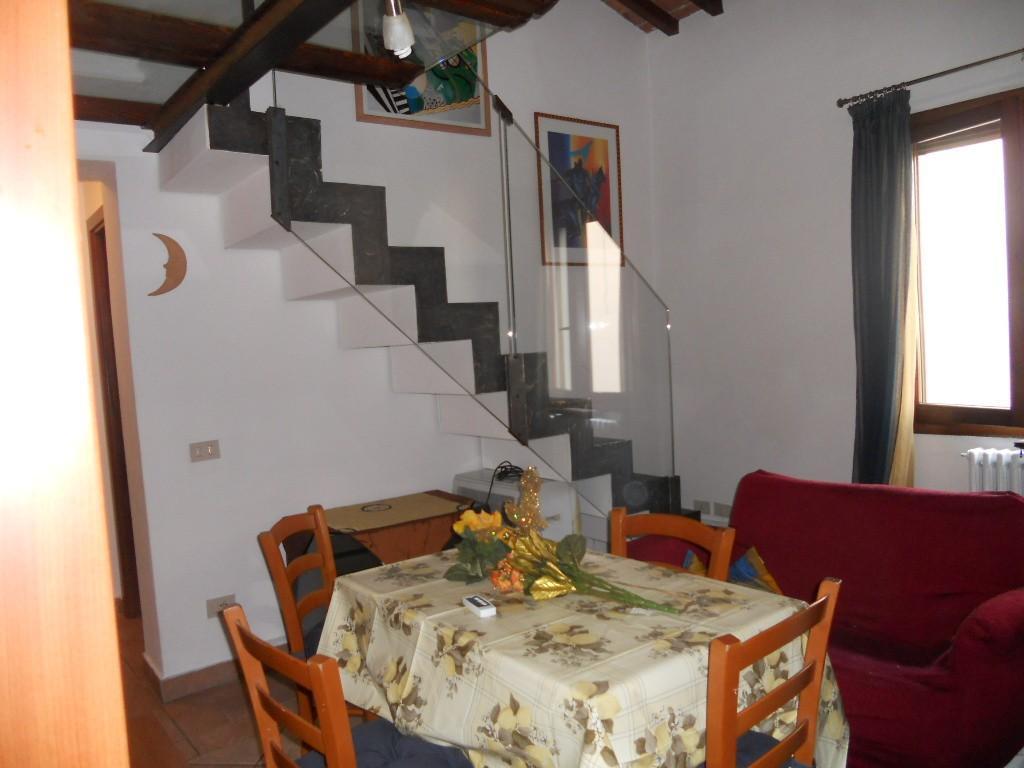 Appartamento in affitto, rif. AC5098