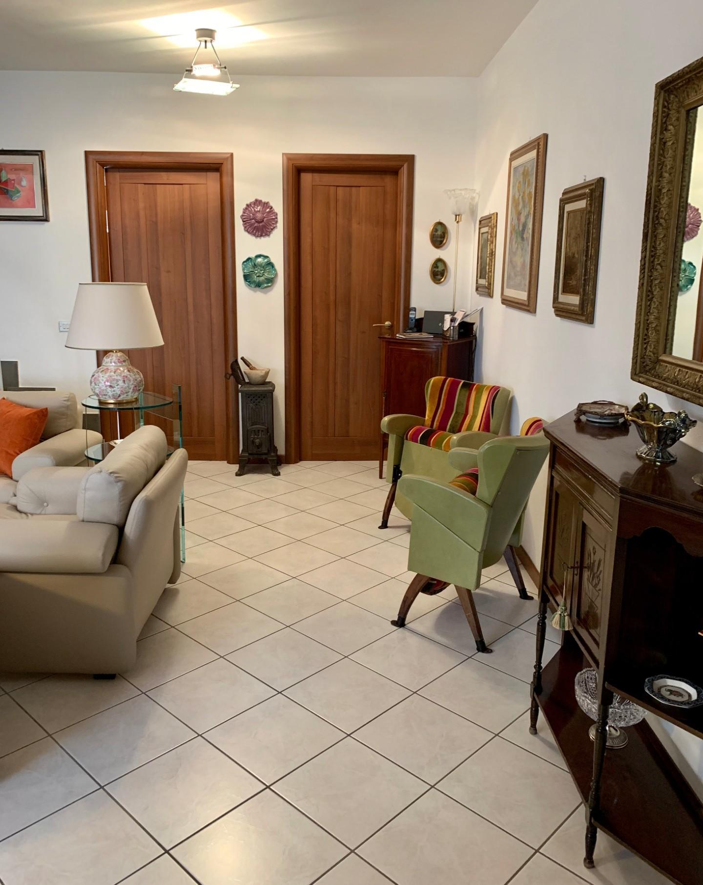 Villetta a schiera in vendita, rif. 6846