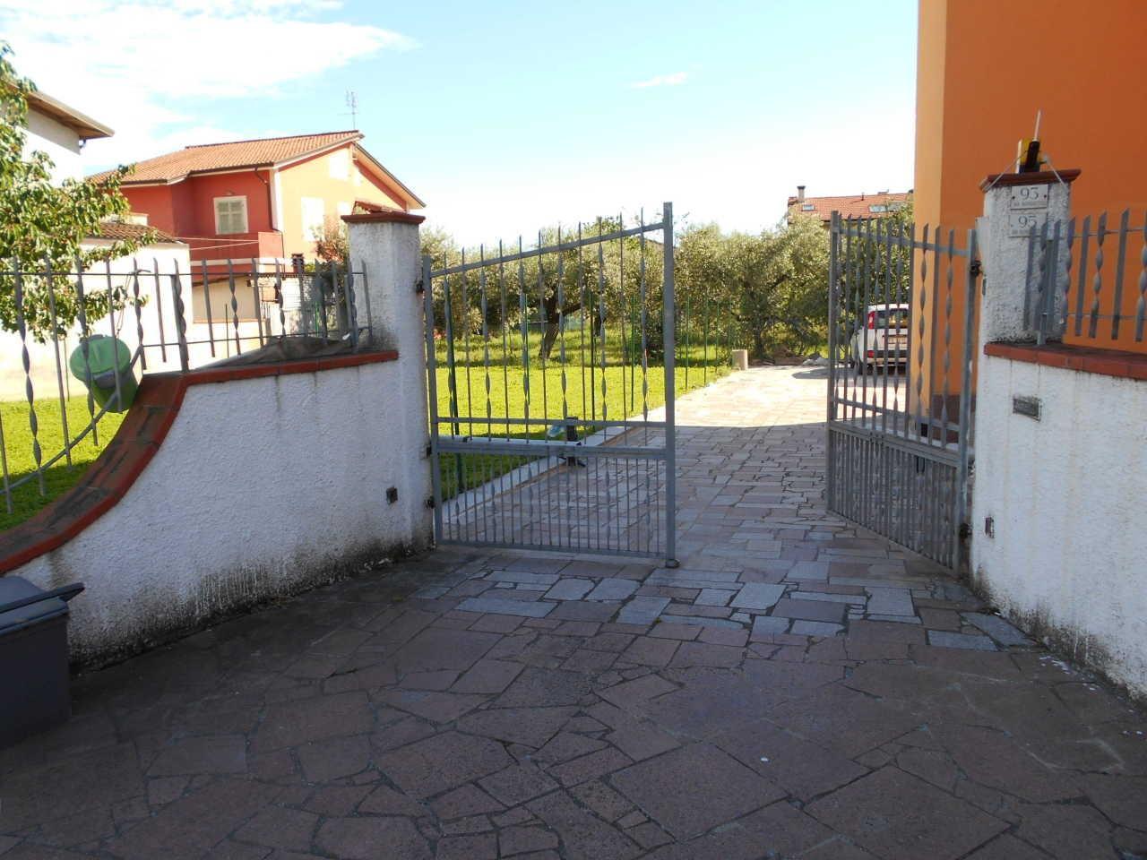 Casa semindipendente in vendita, rif. 106664