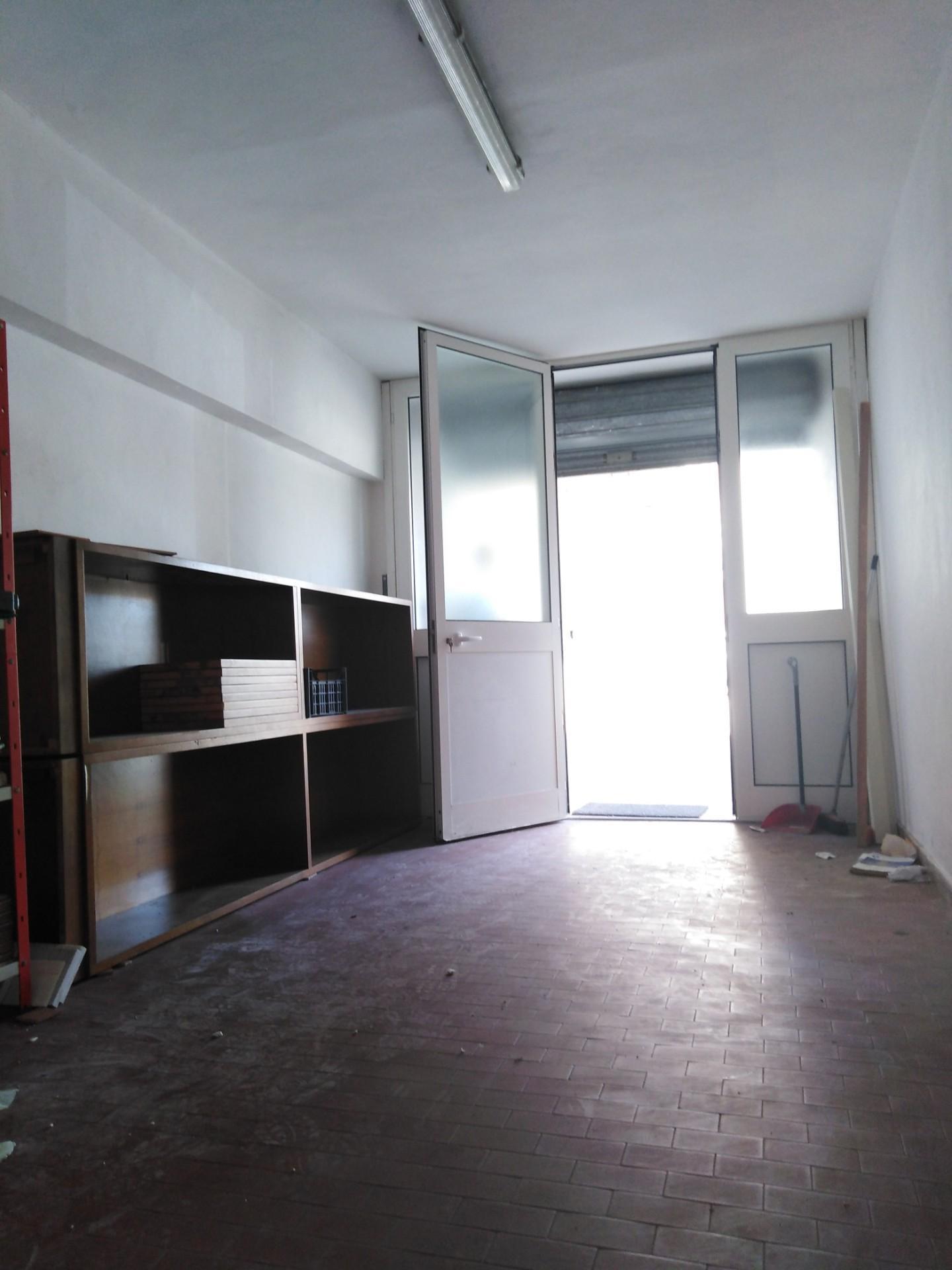 Garage in affitto residenziale a Cascina (PI)