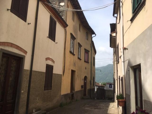 Appartamento in vendita a Anchiano, Borgo a Mozzano (LU)