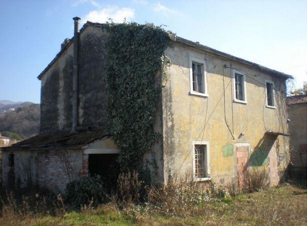 Casale in vendita a Luni (SP)