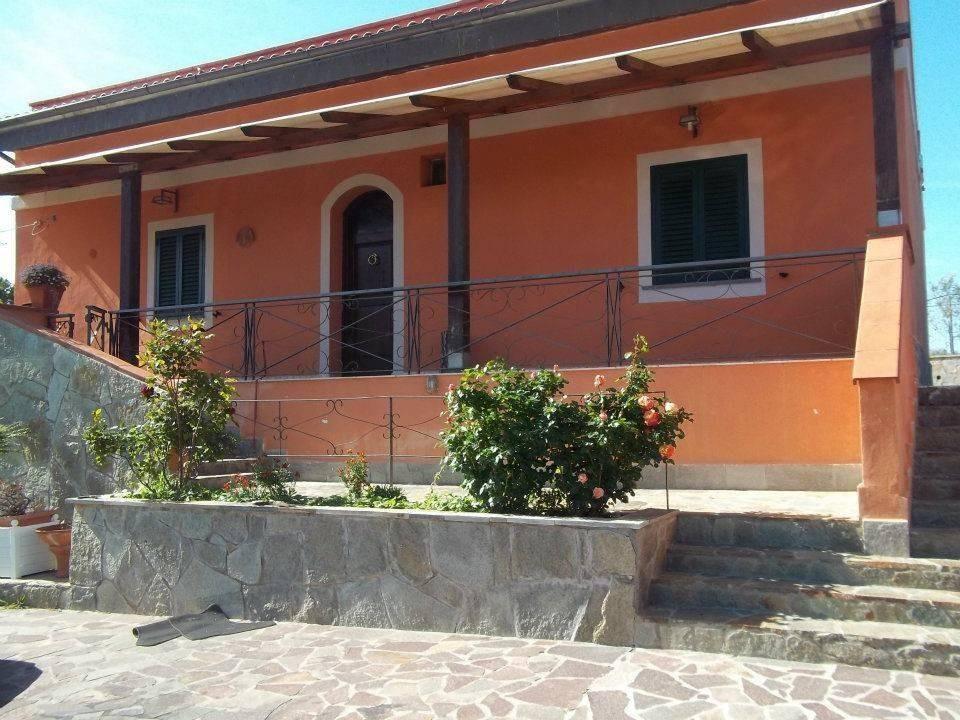 Casa singola in vendita a Limoncino, Livorno