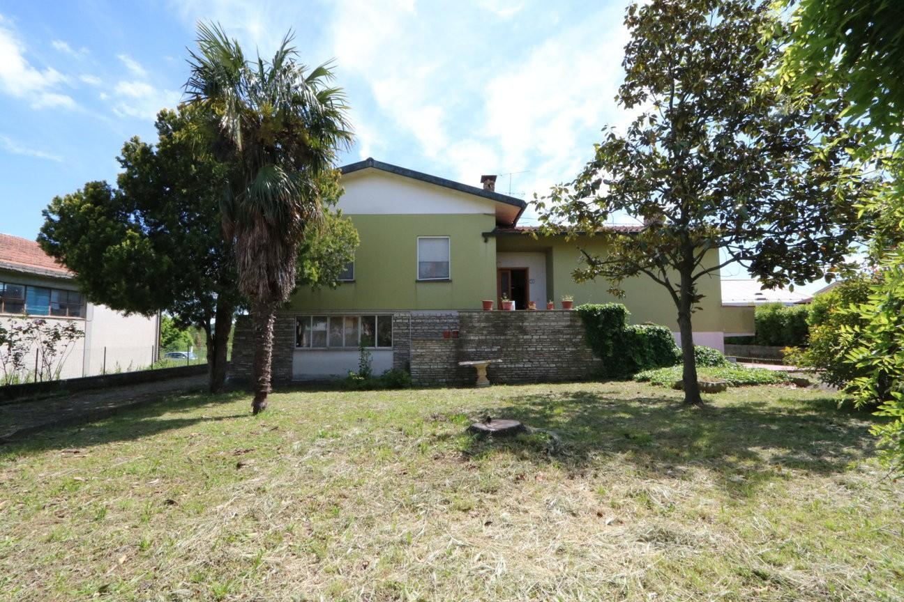 Casa singola in vendita a Buti (PI)