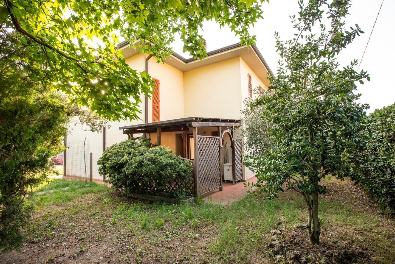 Villetta a schiera angolare in vendita a Santa Maria A Colle, Lucca