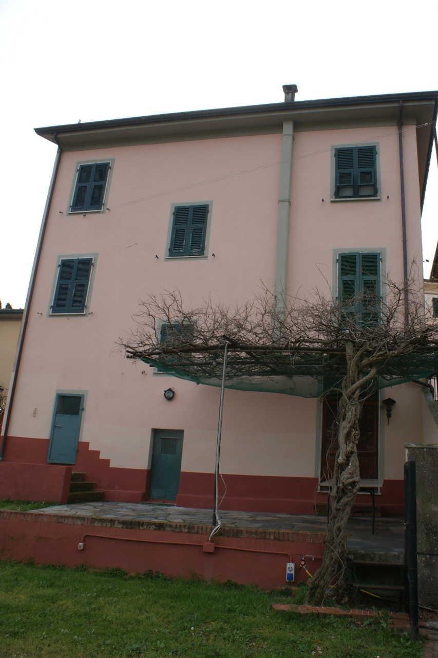 Casa singola in vendita, rif. 106689