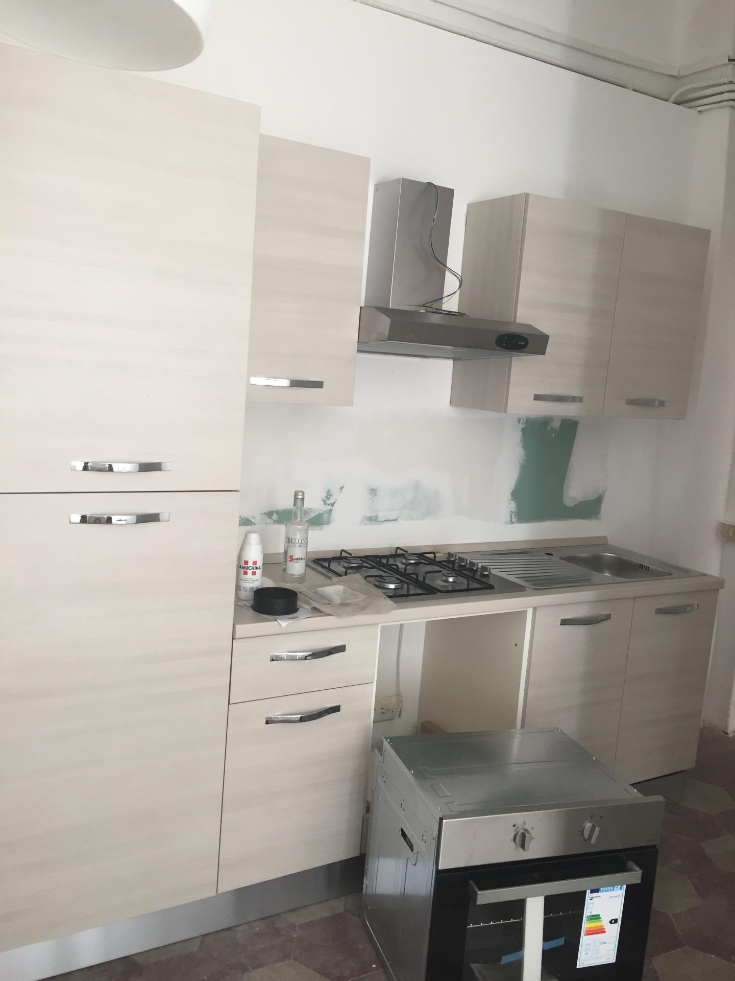Appartamento in affitto, rif. 90a