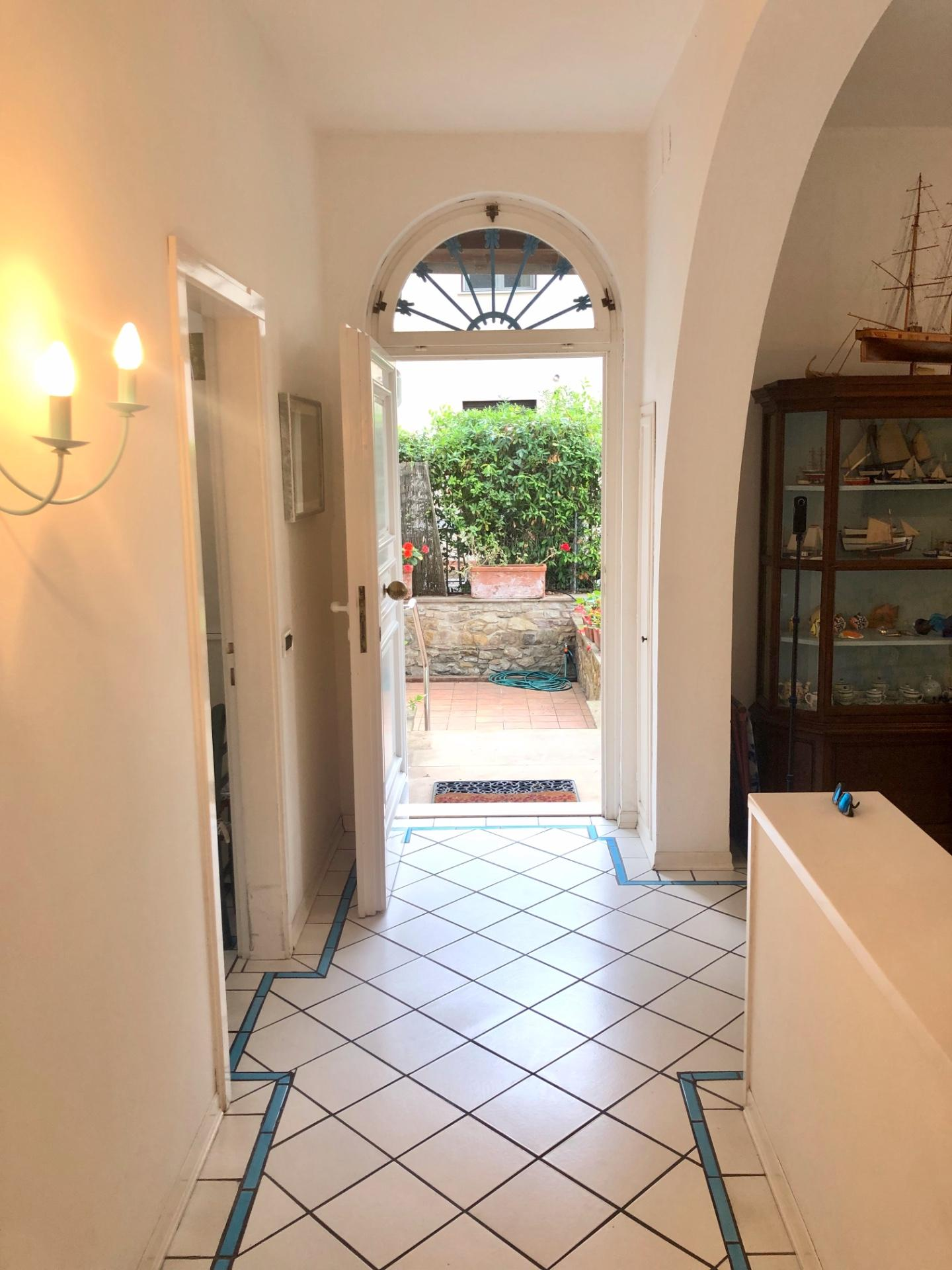 Casa singola in affitto a Tirrenia, Pisa