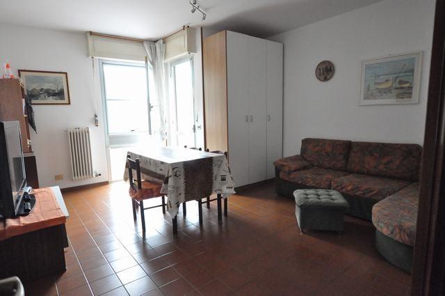 Appartamento in affitto, rif. AC6610